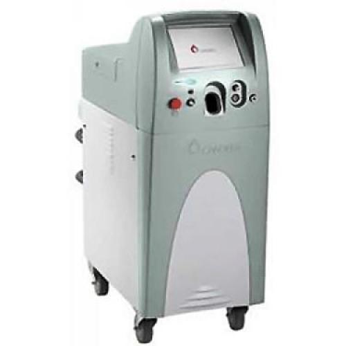 レーザー治療(ALEX TriVantage)に使用する機器です。